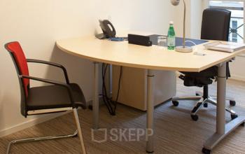 Ce bureau privé pourrait être le vôtre dans la Rue de Grenelle