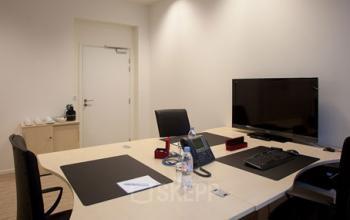 Bureau où vous pouvez travailler en paix dans la rue de Grenelle