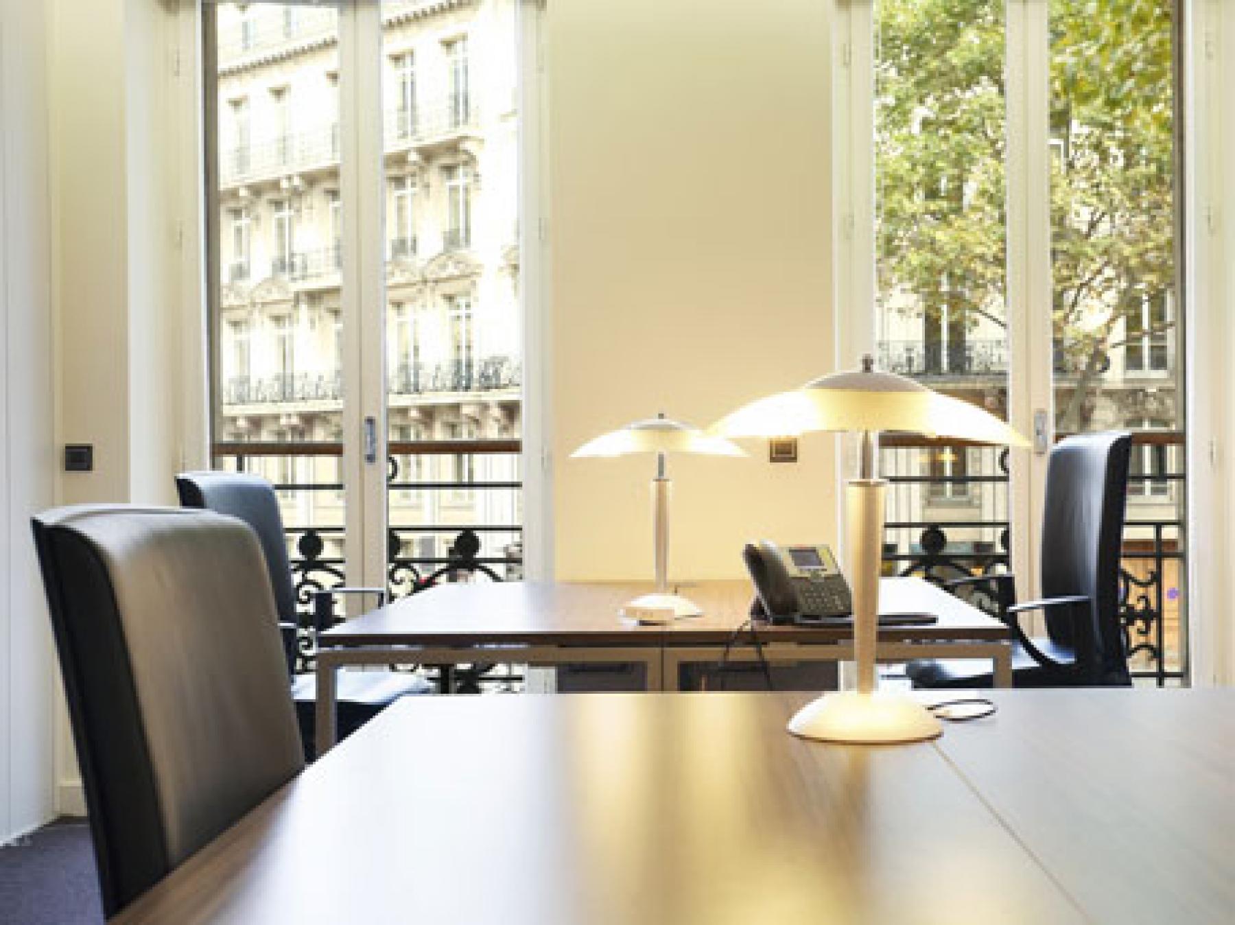 Ce bureau privatif a été décoré avec goût au boulevard Malesherbes