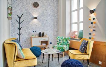 Espace convivial où vous pourrez vous détendre avec vos collègues dans la rue Saint-Honoré