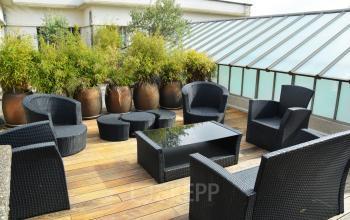 Une terrasse meublée et décorée de plantes est l'un des endroits préférés parmi les membres de notre communauté