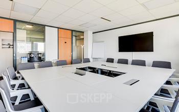 Salle de réunion professionnelle pour organiser vos meetings dans la rue de la Haye