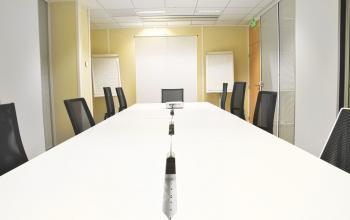 Notre salle de réunion est entièrement équipée et vous permettra d'organiser tous vos événements d'entreprise en simplicité à l'allée de l'Europe