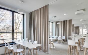 Venez manger un repas délicieux avec vos collègues dans notre restaurant inter-entreprise à l'allée de l'Europe