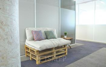 Notre salon est un endroit excellent pour trouver un peu de calme pendant votre journée de travail à l'allée de l'Europe