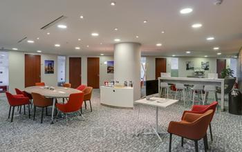 Salon d'affaires spacieux pour toutes vos activités professionnelles à l'allée de l'Arche
