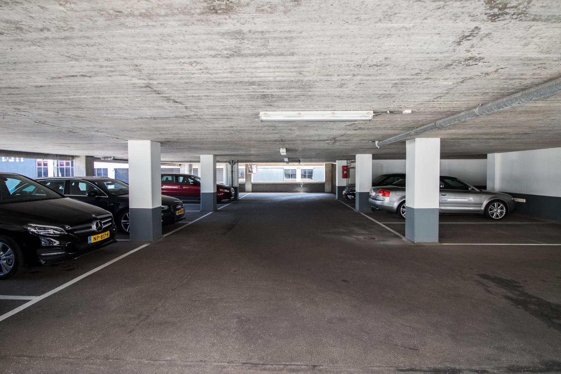 Parkings garage next to office space
