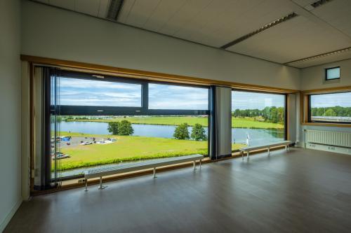 Rent office space Looskade 4, Roermond (5)