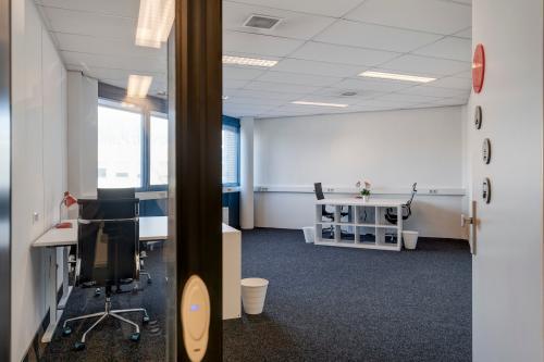 Rent office space Corkstraat 46, Rotterdam (8)