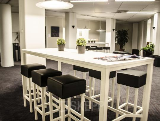 social heart office space rotterdam airport lunchroom