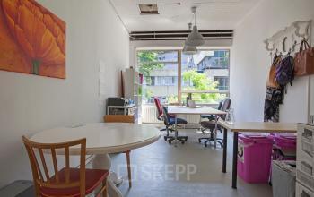 kantoorunits huren aan zomerhofstraat in rotterdam met airconditioning