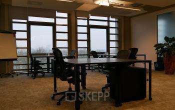 big office space rotterdam near central station