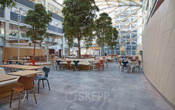 sociaalhart kantoorgebouw lounge kantoorpand Amsterdam