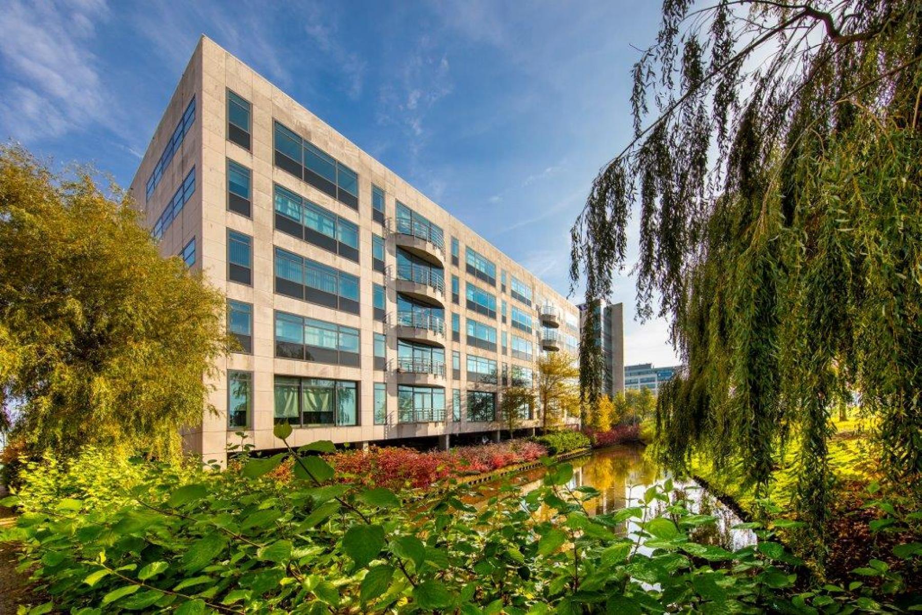 kantoorgebouw schiphol airport amsterdam groene omgeving water huur SKEPP
