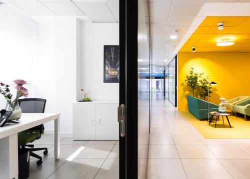 Alquilar oficinas Avenida de Diego Martínez Barrio 10, Sevilla (5)