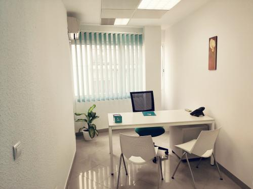 Alquilar oficinas Avenida Menéndez Pelayo 8, Sevilla (2)