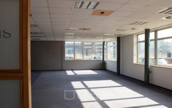 kantoorruimte eindhoven science park binnenkant werkplekken 5 7 personen