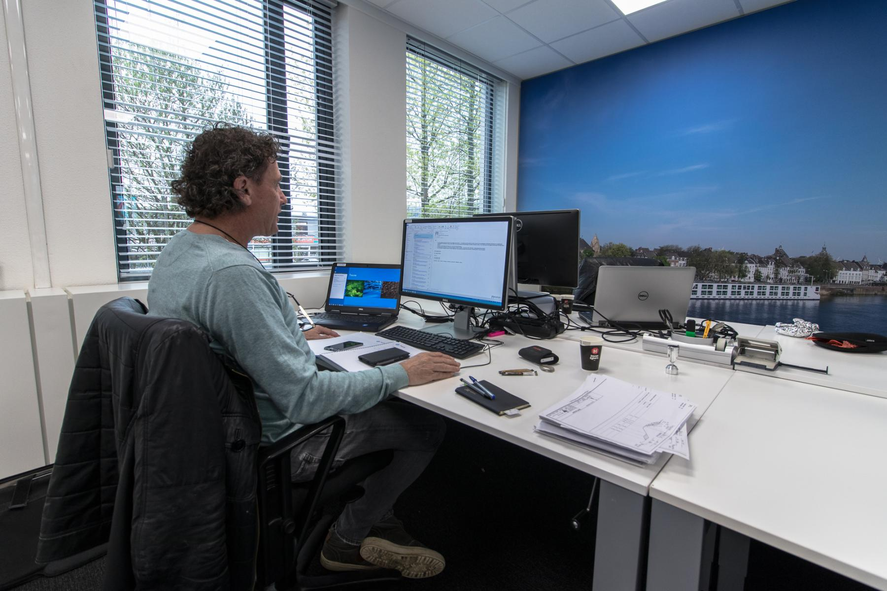 Rent office space Son en Breugel