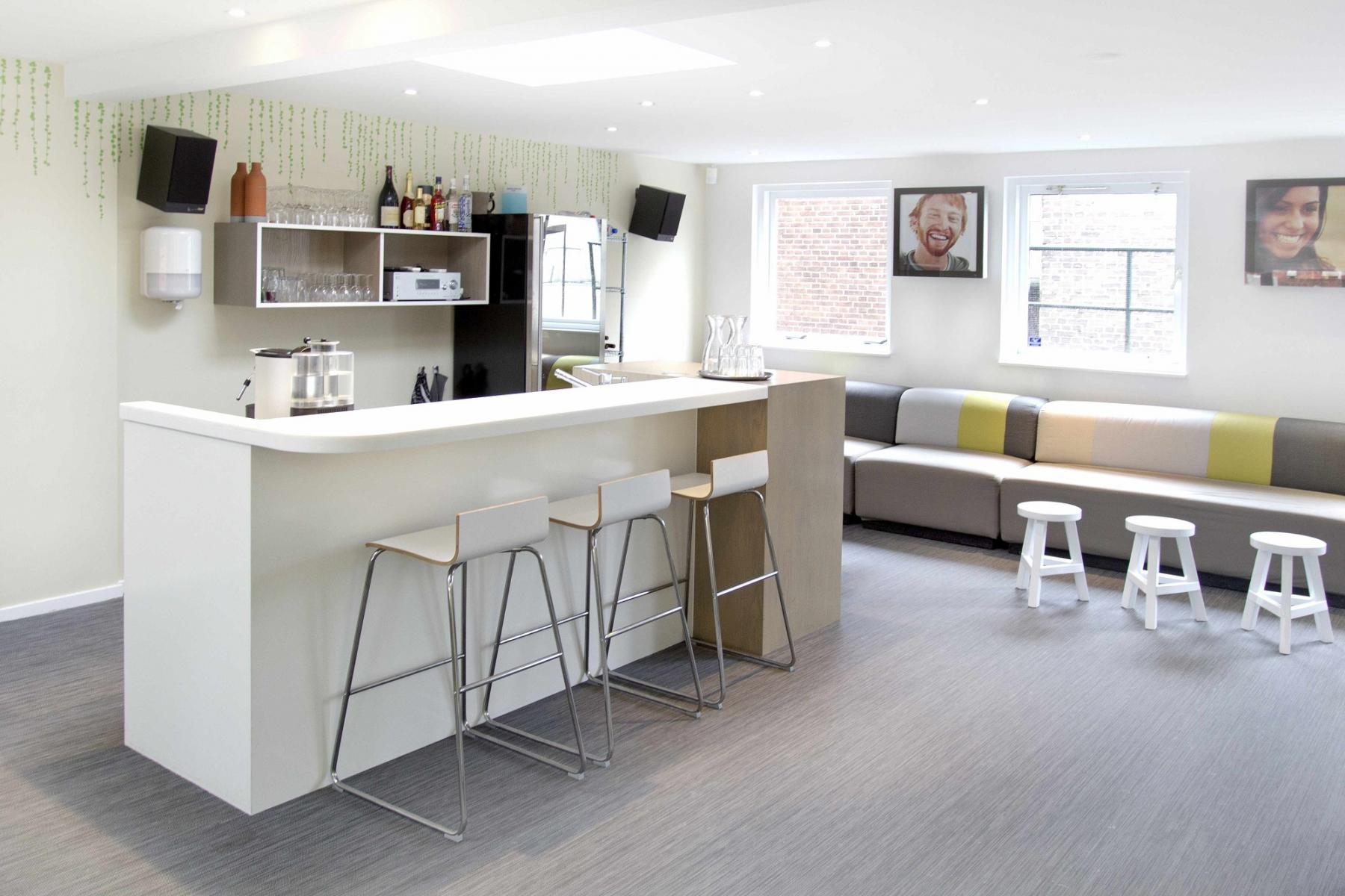 working places for rent in utrecht center