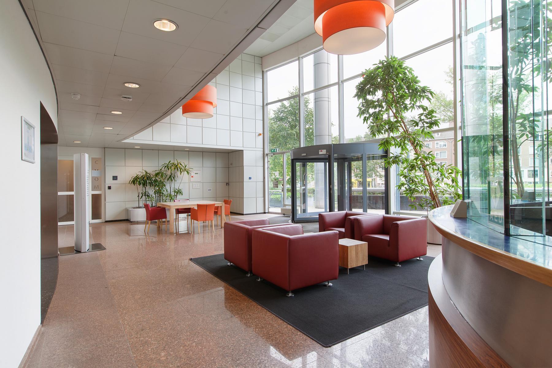 receptie kantoorpand Utrecht Graadt van Roggenweg