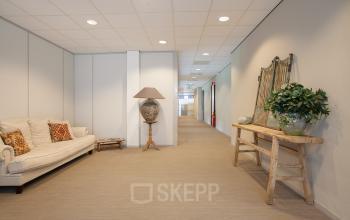 wachtruimte kantoorpand Utrecht Orteliuslaan