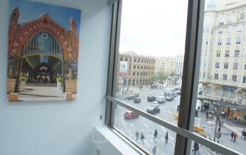 Una vista de la plaza de toros de valencia ventana