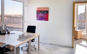 Oficinas con una vista excelente en Avenida de las Cortes valencianas 58