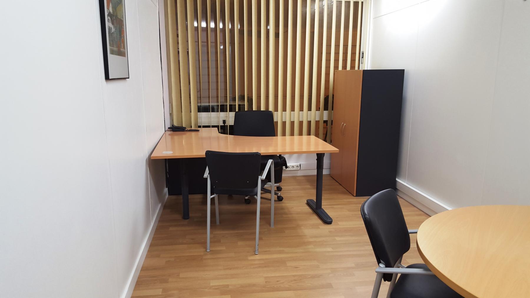 Alquilar oficinas Carrer de Cirilo Amorós 6, València (2)