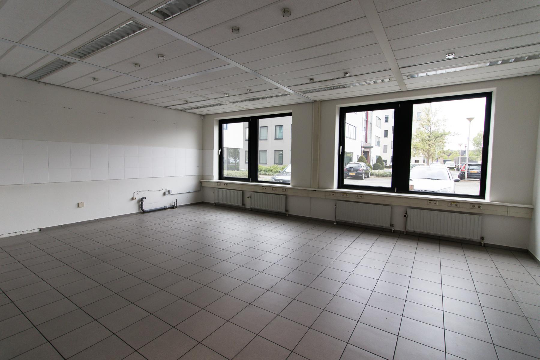 Big office spaces available
