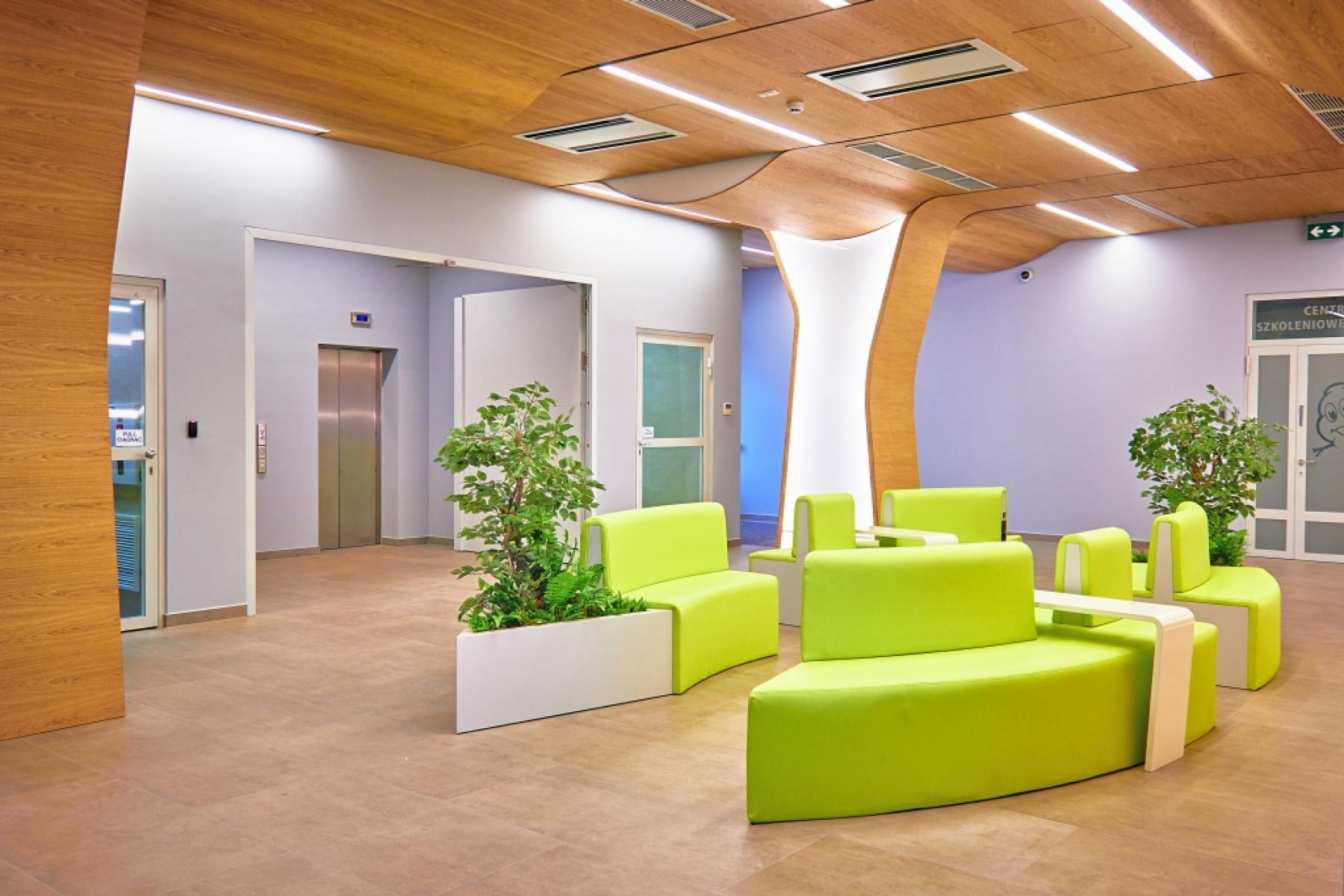lobby w biurowcu postępu 15 warszawa