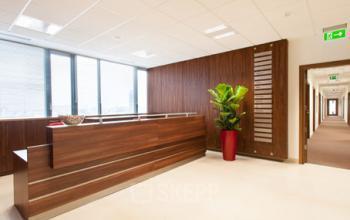 recepcja w biurowcu
