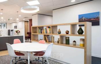 social heart w biurowcu