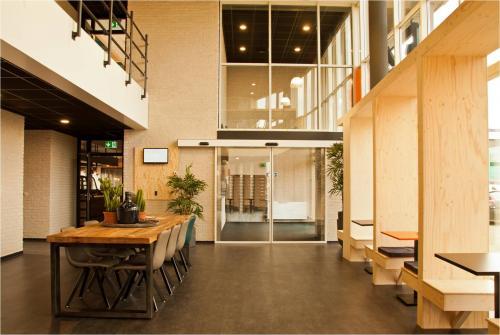 Rent office space Trasmolenlaan 5, Woerden (2)