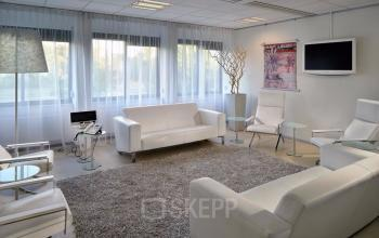 shared office space in office building zoetermeer