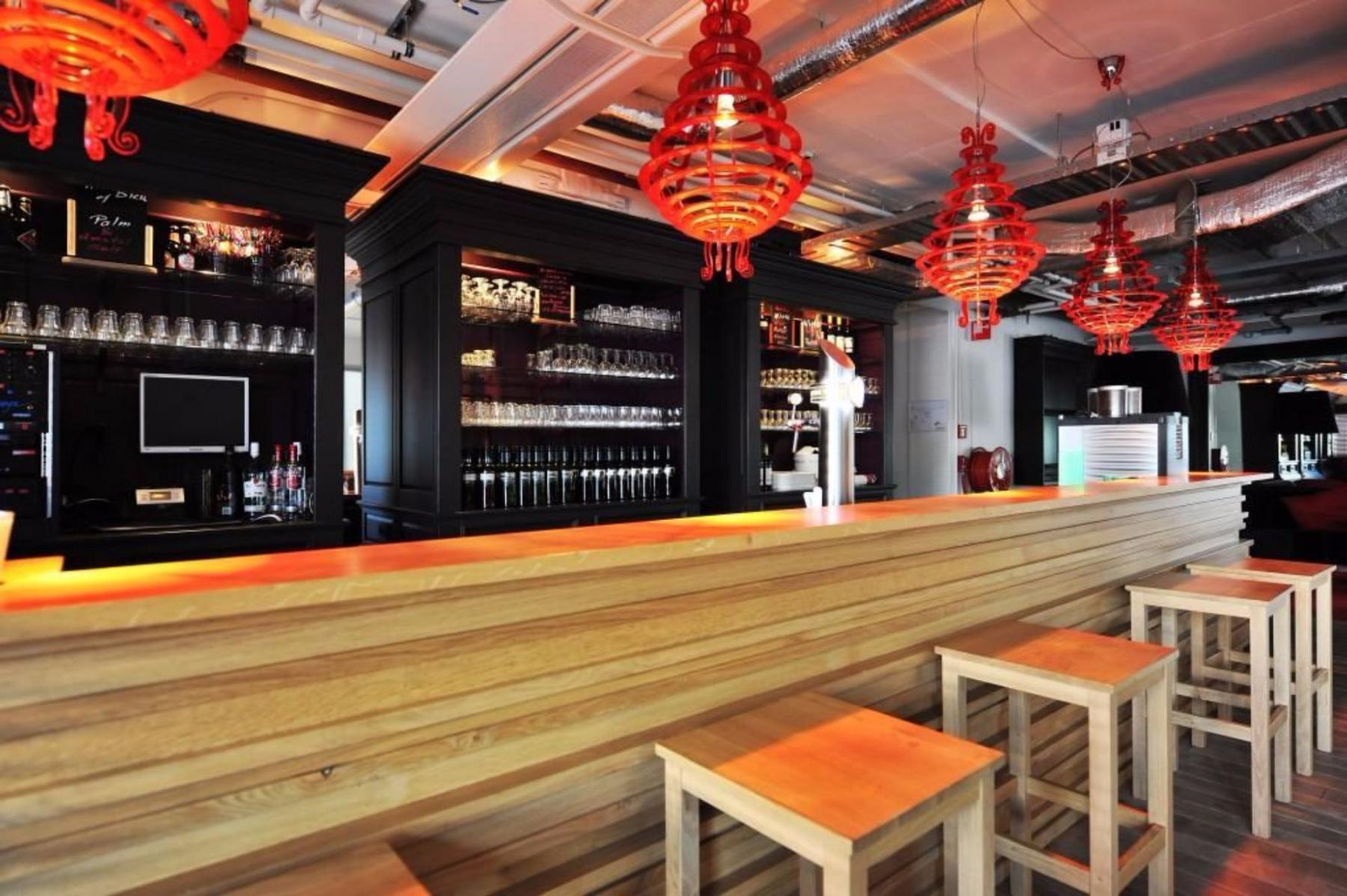 Bar in office building Zoetermeer orange