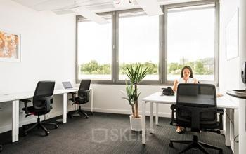Helles Büro mieten an der Richtistraße in Zürich-Ost