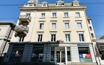 Historisches Bürogebäude in Zürich an der Seefelderstraße