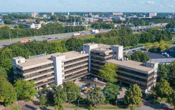 Bovenaanzicht kantoorgebouw Meeuwenlaan A28 uitzicht