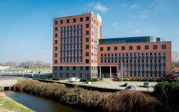 Brassersplein 2 - Delft