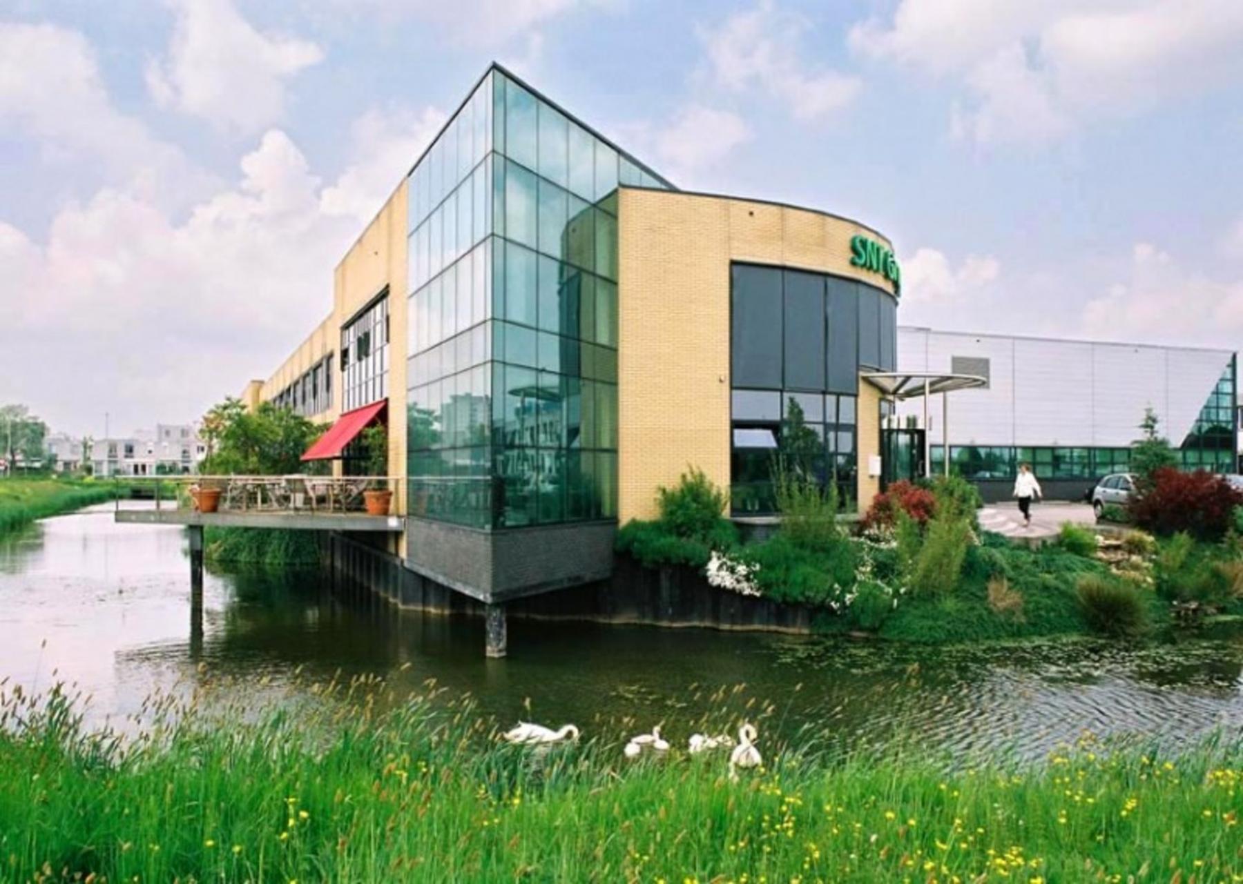 Koraalrood - Zoetermeer